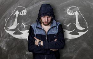 Comment dois-je m'alimenter et faire de l'exercice pour prendre du muscle